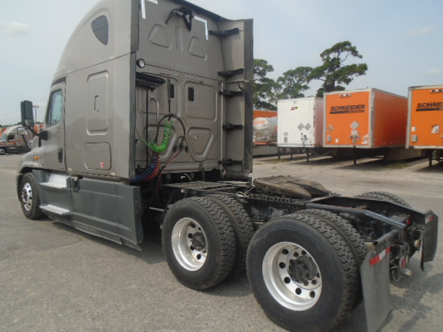 2015 Freightliner Cascadia for sale-59196979