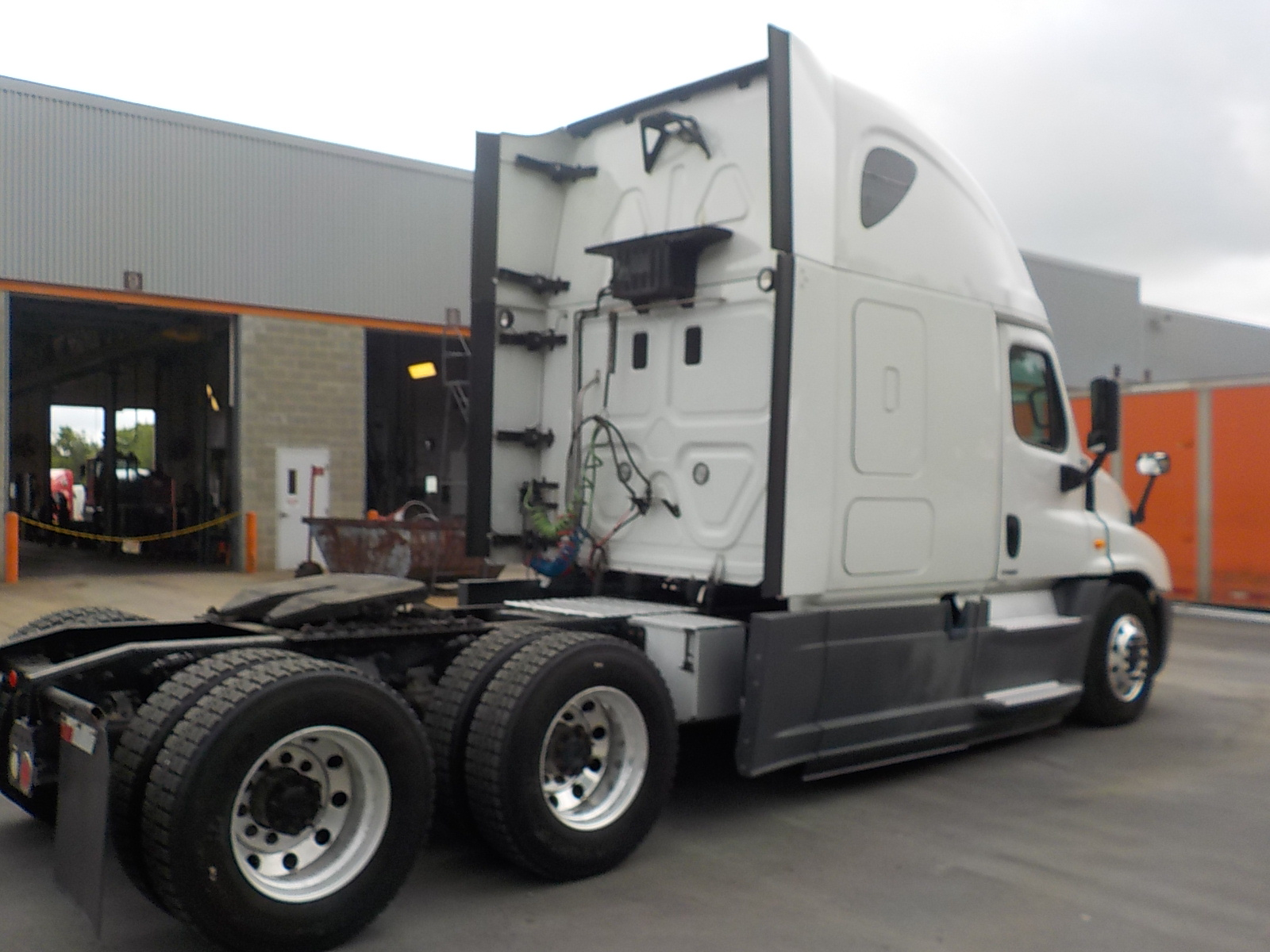 2014 Freightliner Cascadia for sale-59084953