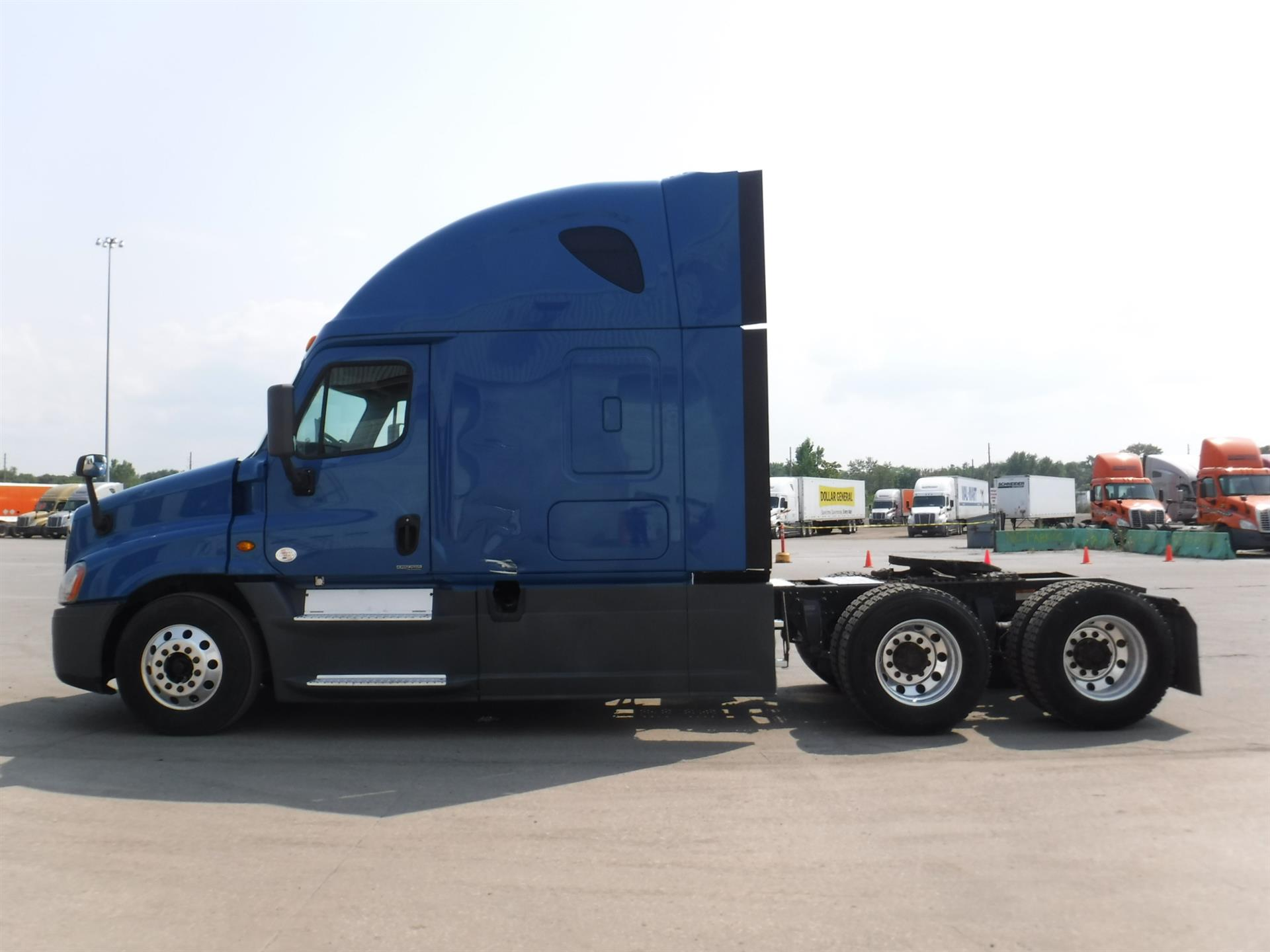 2014 Freightliner Cascadia for sale-59108533