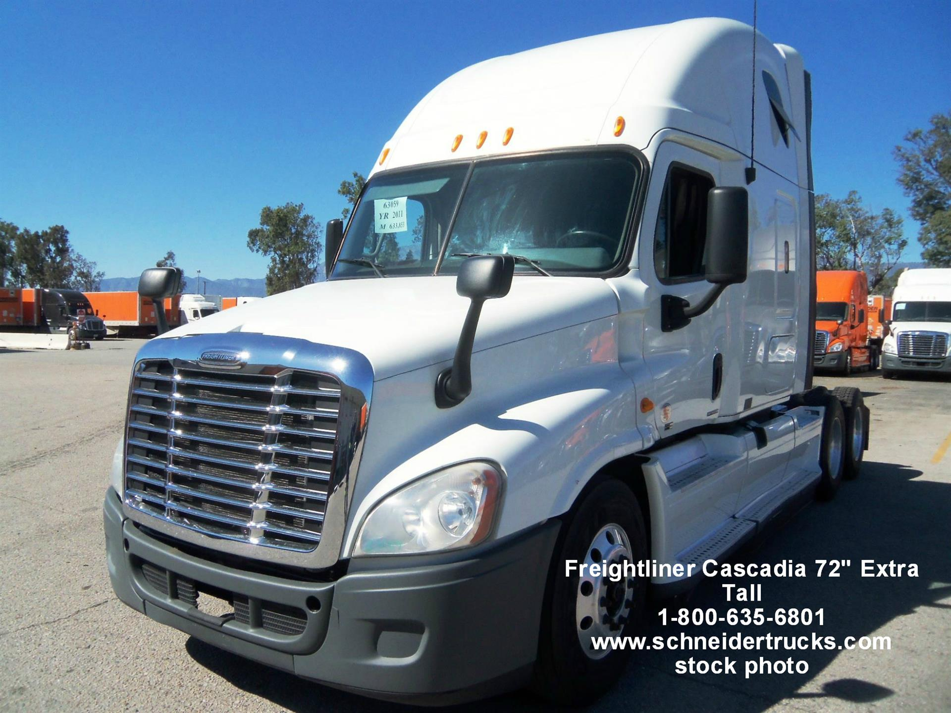 USED 2015 FREIGHTLINER CASCADIA SLEEPER TRUCK #131771