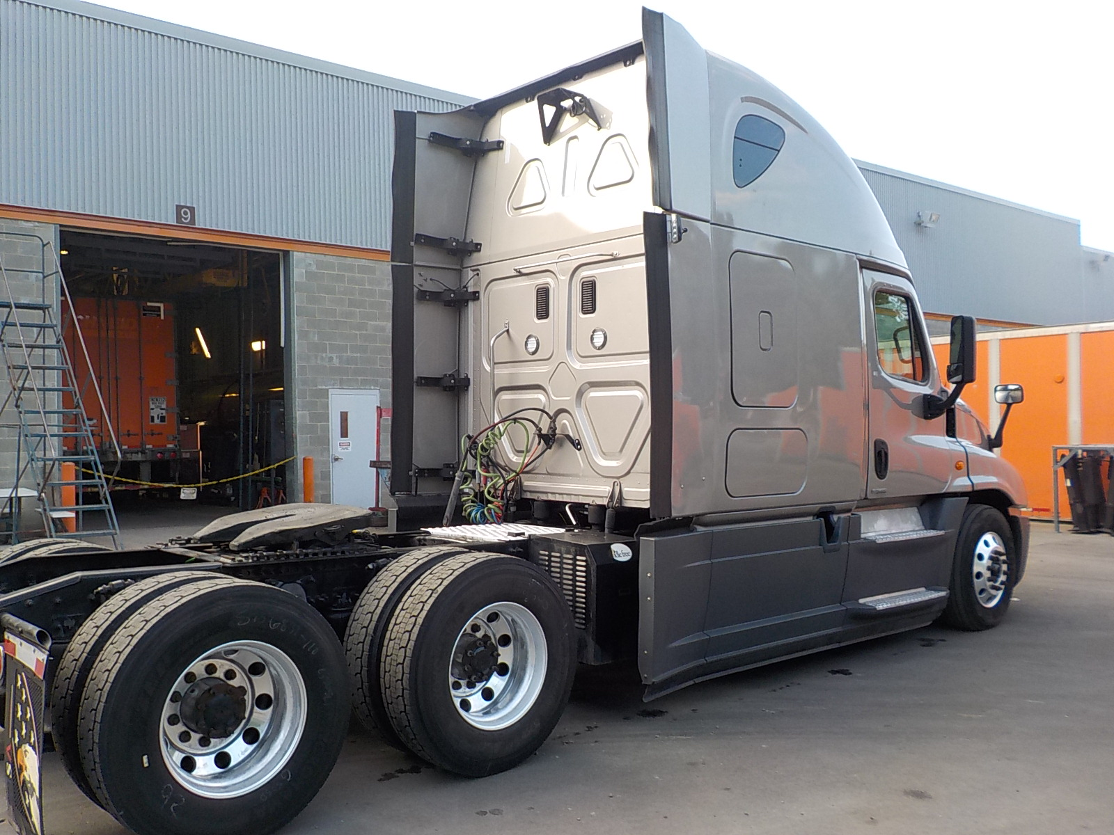 2016 Freightliner Cascadia for sale-59199773