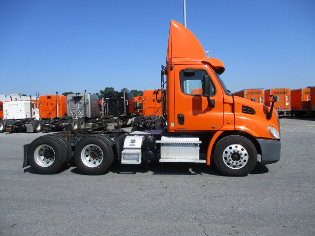 2012 Freightliner Cascadia for sale-59084983