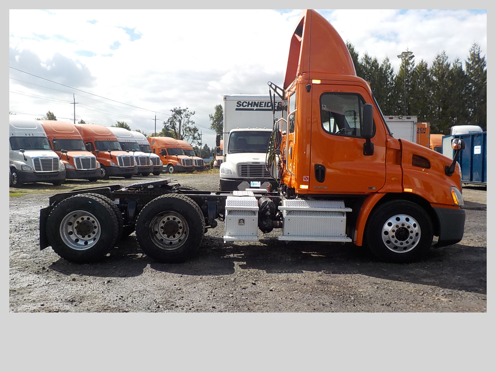 2011 Freightliner Cascadia for sale-59108554