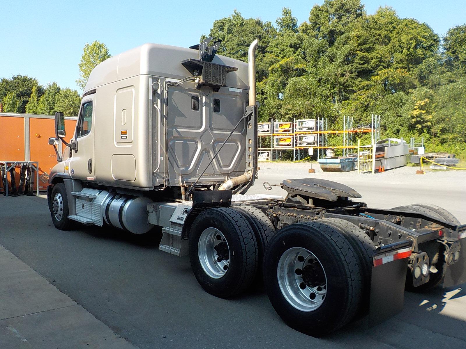 2015 Freightliner Cascadia EVO for sale-59255846