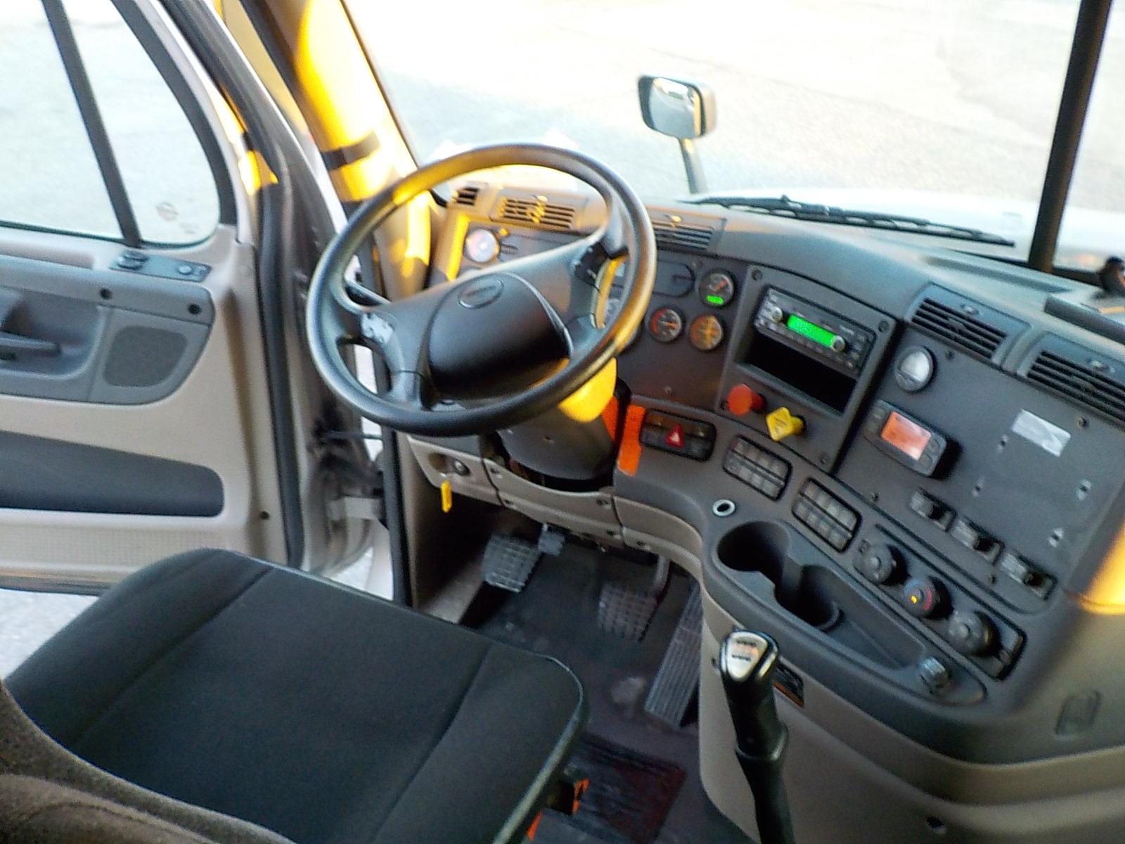 2014 Freightliner Cascadia for sale-59108576