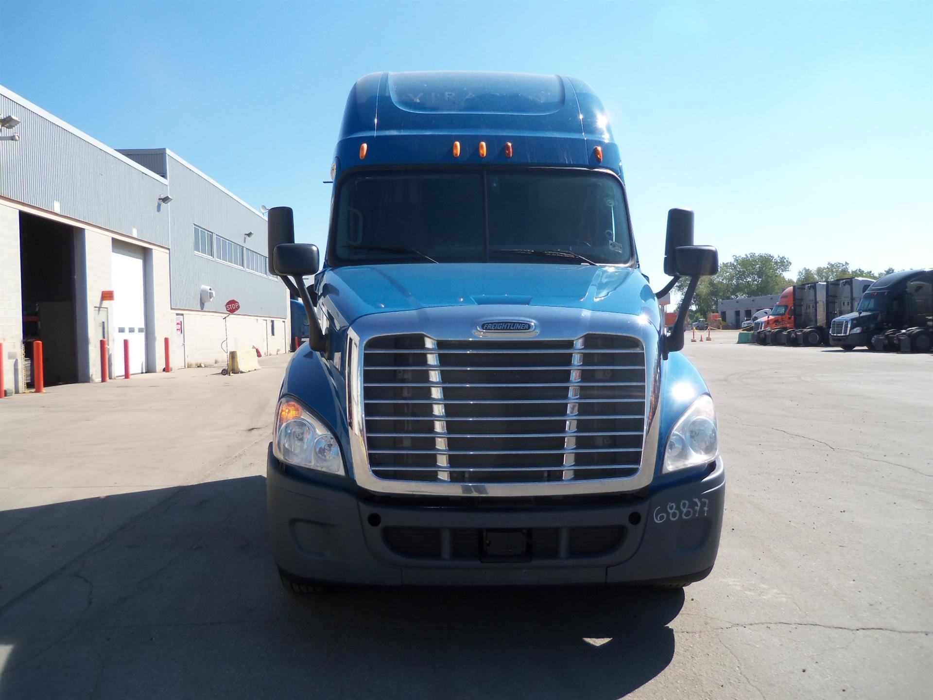 USED 2014 FREIGHTLINER CASCADIA SLEEPER FOR SALE FOR SALE IN