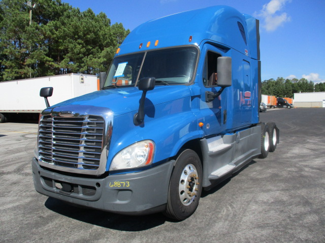 USED 2014 FREIGHTLINER CASCADIA SLEEPER TRUCK #133219