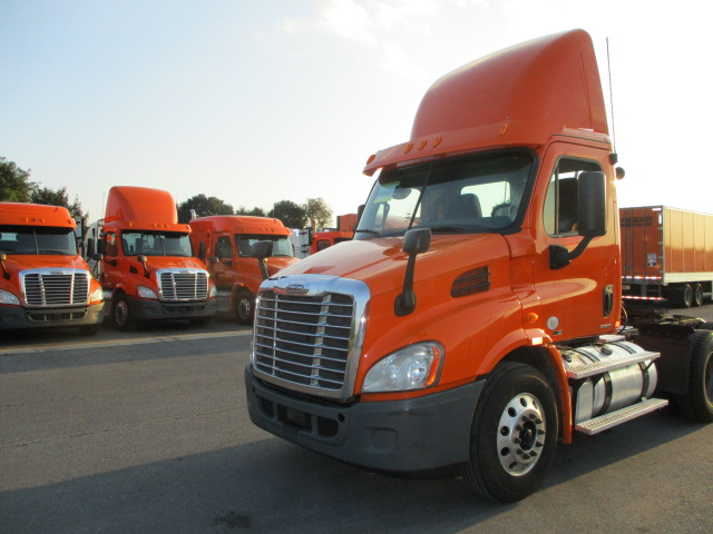 USED 2012 FREIGHTLINER CASCADIA DAYCAB TRUCK #133816