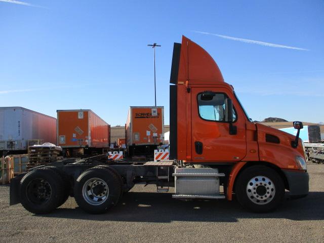 2011 Freightliner Cascadia for sale-59087716