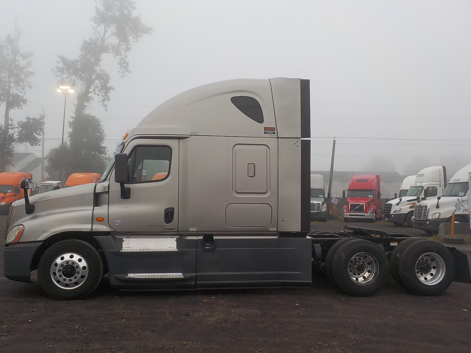 2014 Freightliner Cascadia for sale-59197052