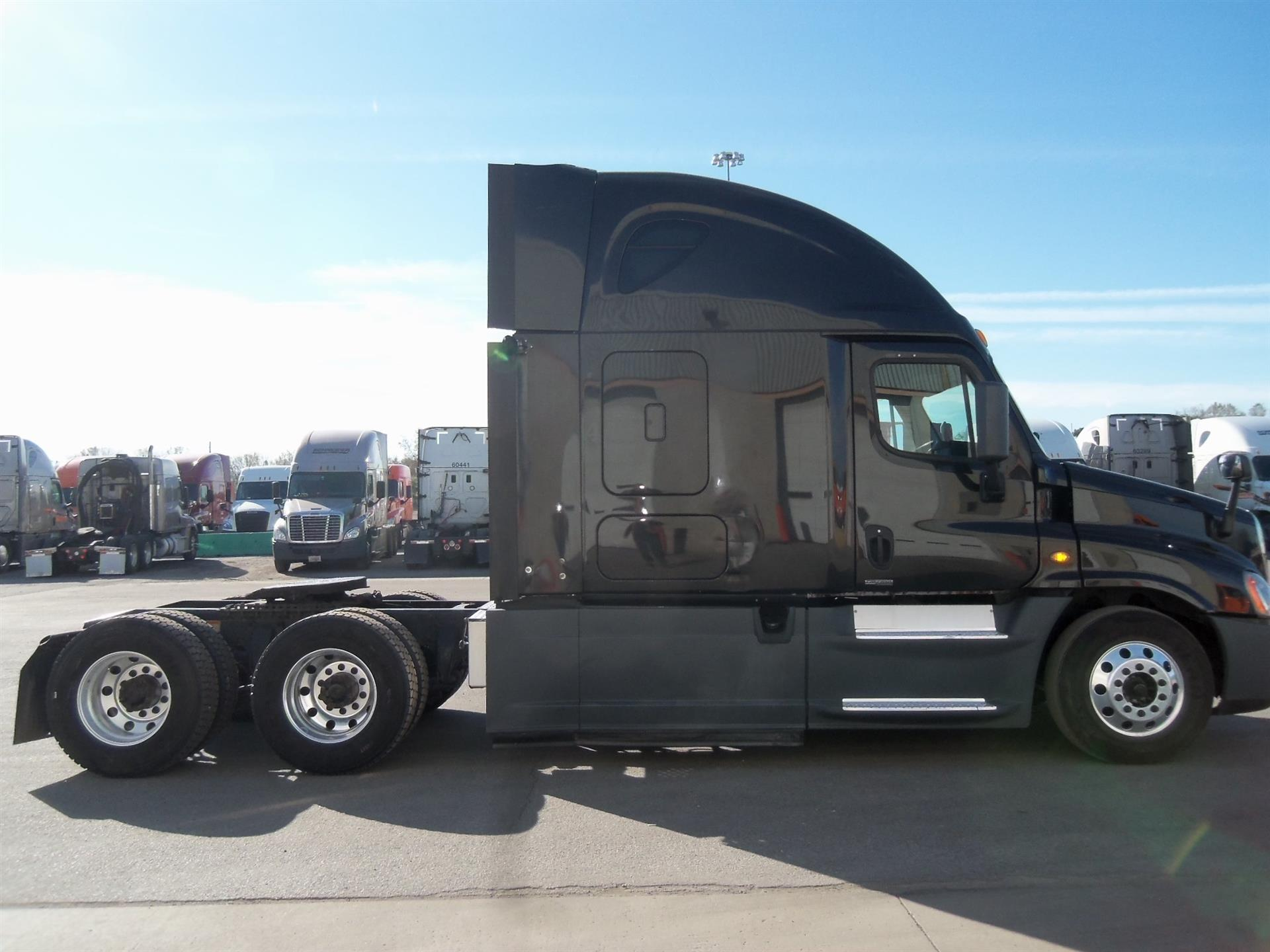 2014 Freightliner Cascadia for sale-59108720