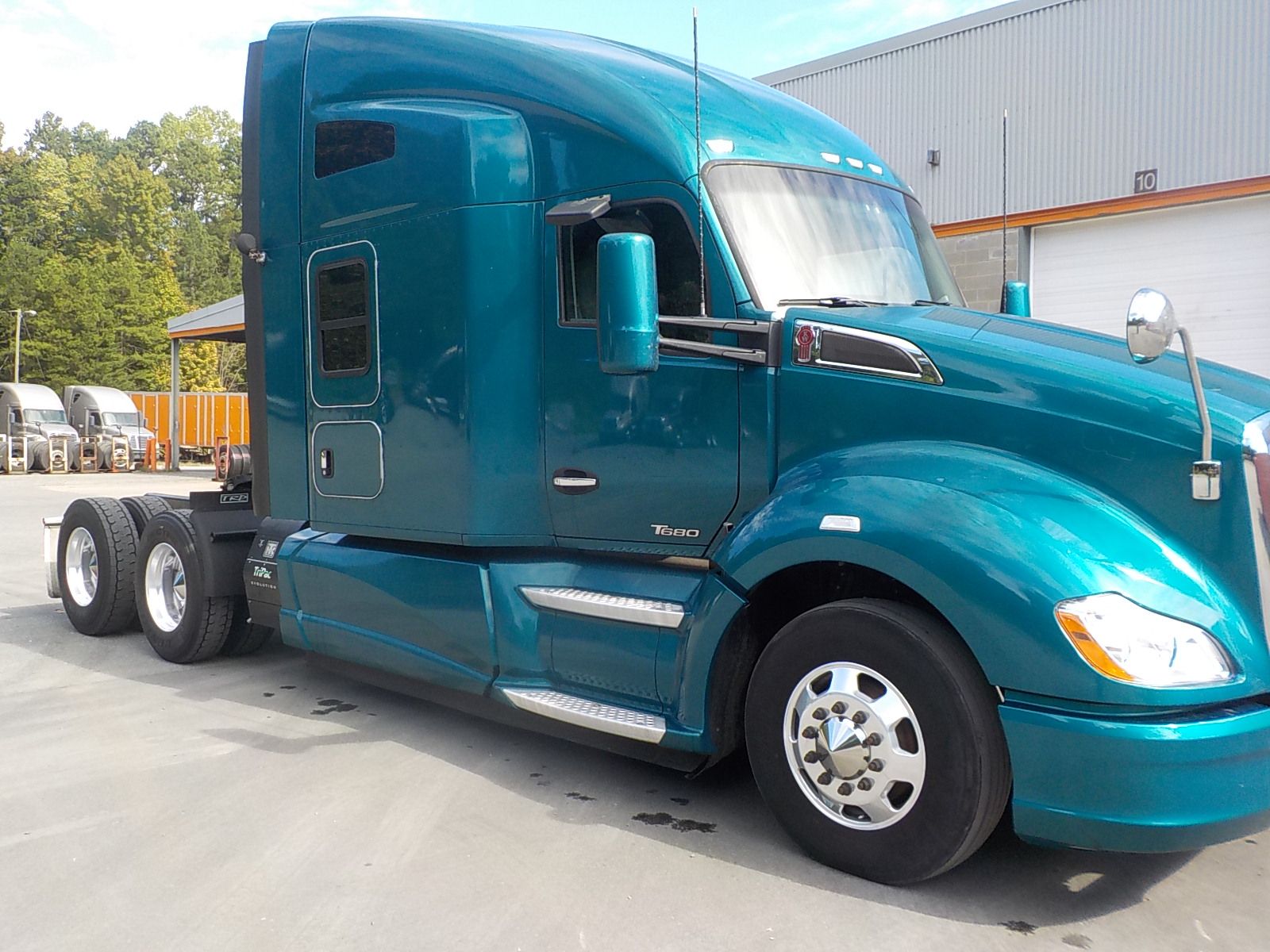 USED 2015 KENWORTH UNKNOWN SLEEPER TRUCK #134499