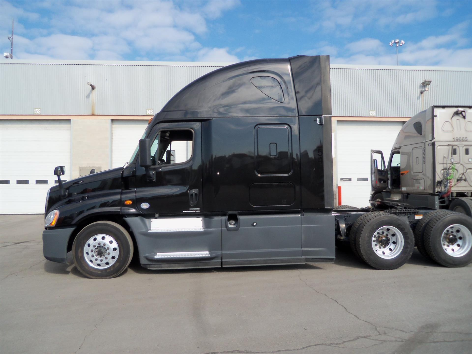 2016 Freightliner Cascadia for sale-59108774