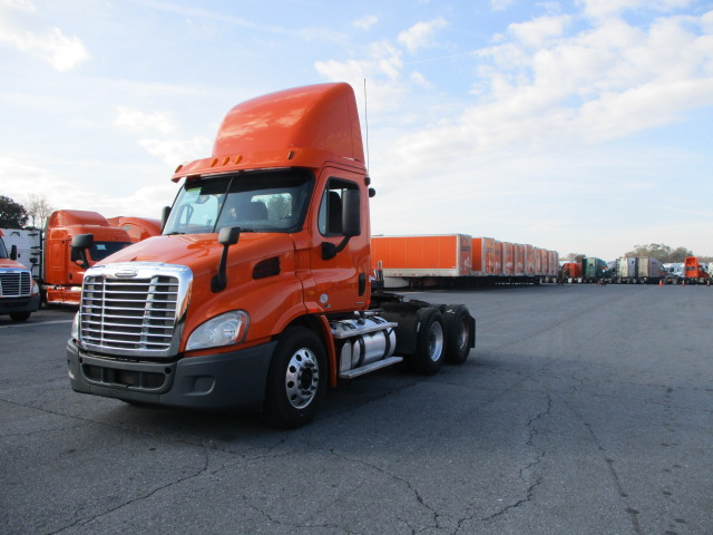 2012 Freightliner Cascadia for sale-59085210