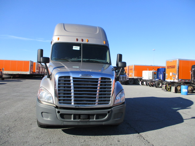 2015 Freightliner Cascadia for sale-59108795