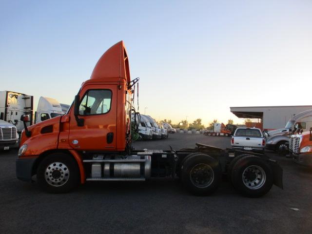 2012 Freightliner Cascadia for sale-59087737