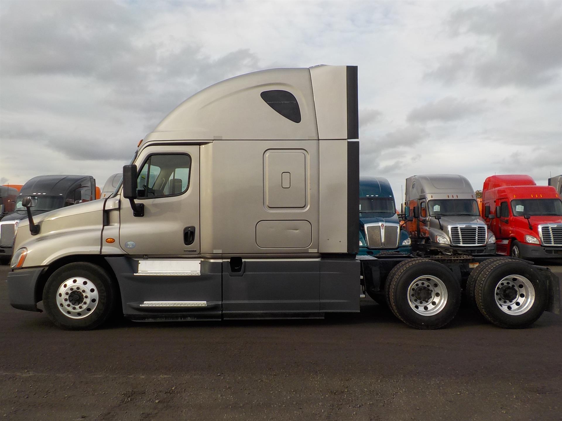 2015 Freightliner Cascadia for sale-59085259