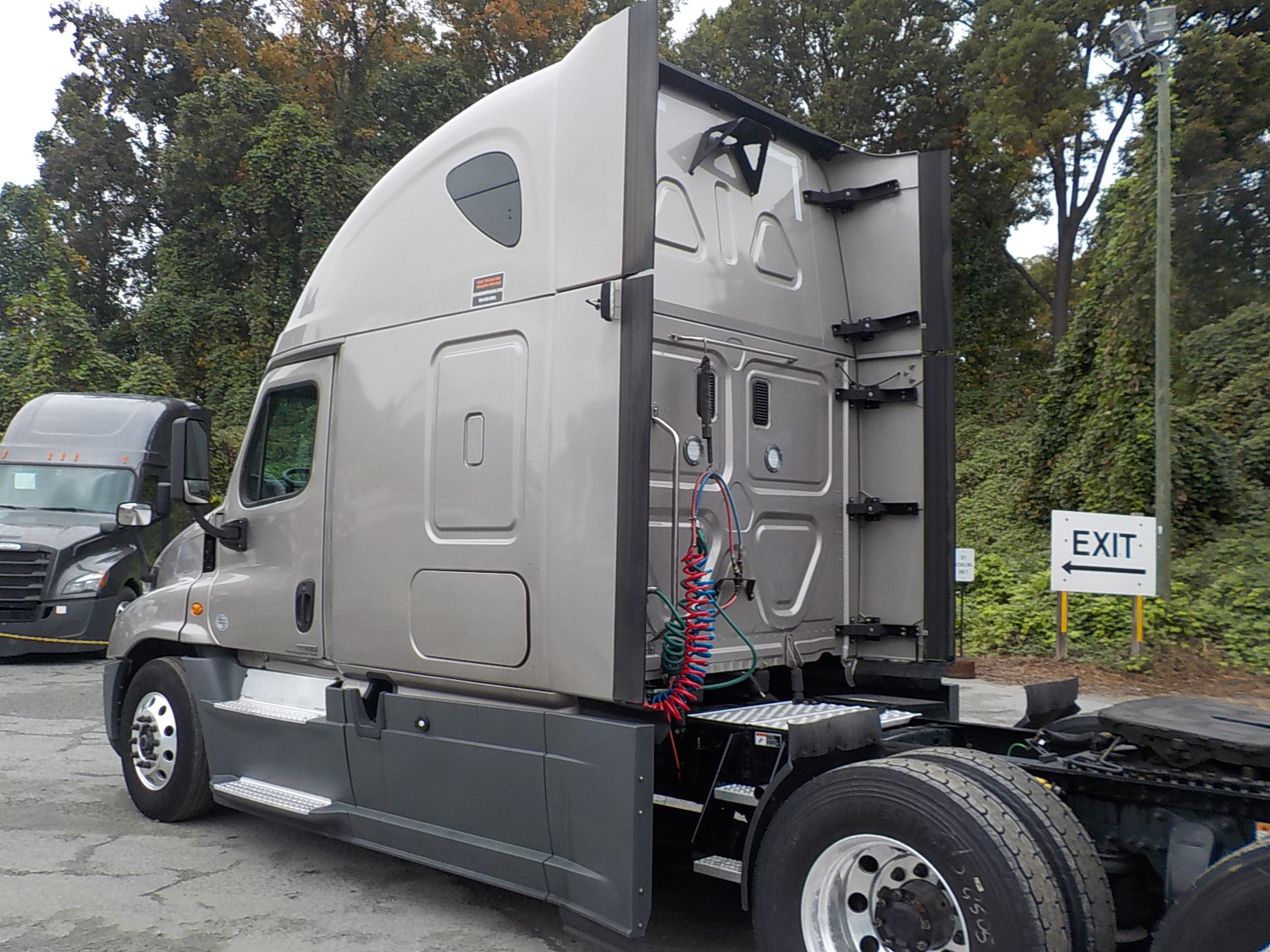 2016 Freightliner Cascadia for sale-59087757