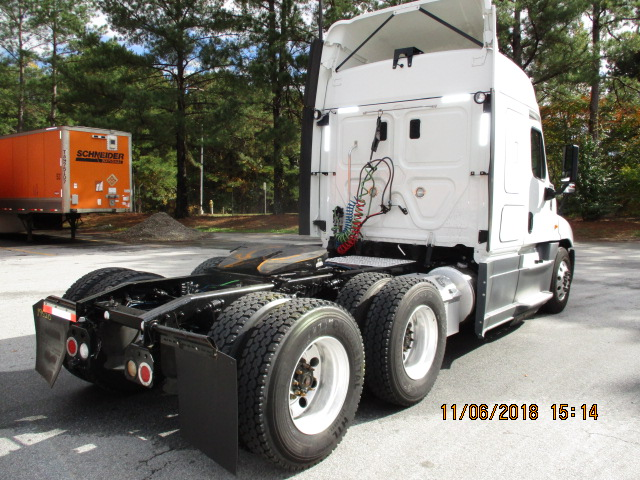2015 Freightliner Cascadia for sale-59263625