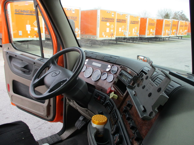 2011 Freightliner Cascadia for sale-59085331