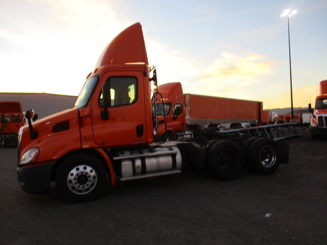2012 Freightliner Cascadia for sale-59087730