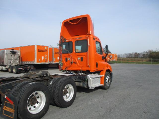 2011 Freightliner Cascadia for sale-59108883