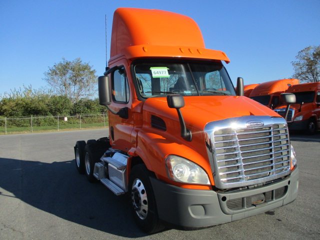 USED 2012 FREIGHTLINER CASCADIA DAYCAB TRUCK #135958