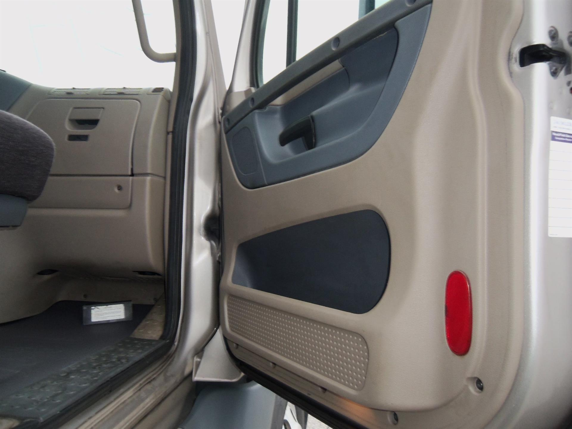 2015 Freightliner Cascadia for sale-59274508