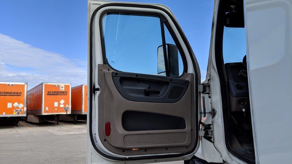 2014 Freightliner Cascadia for sale-59085326