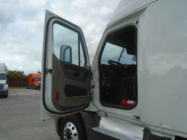 2015 Freightliner Cascadia for sale-59274493