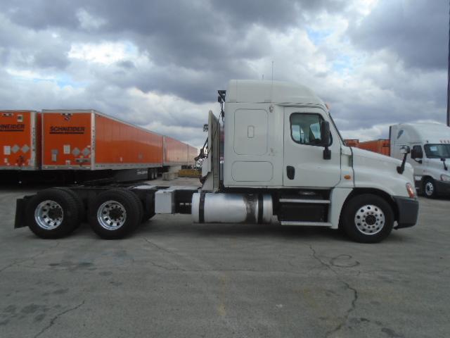 2013 Freightliner Cascadia for sale-59085216