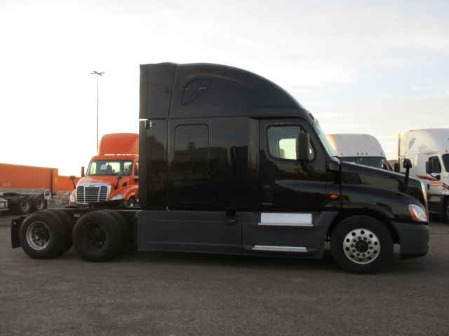 2016 Freightliner Cascadia for sale-59233585