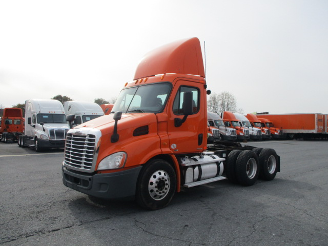 2011 Freightliner Cascadia for sale-59085351