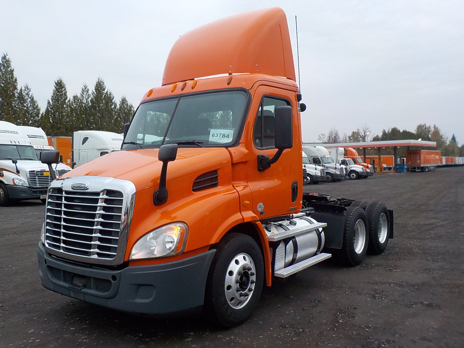USED 2012 FREIGHTLINER CASCADIA DAYCAB TRUCK #135977