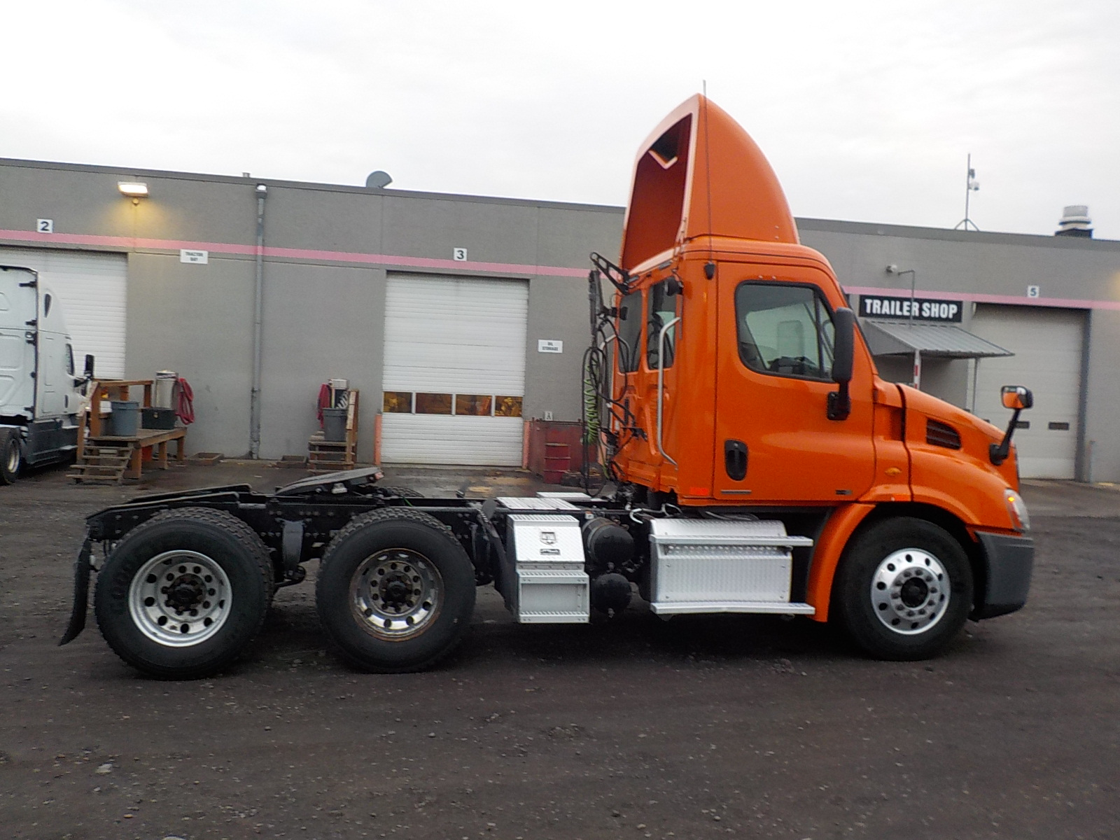 2012 Freightliner Cascadia for sale-59108899