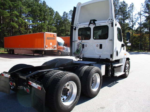 2014 Freightliner Cascadia for sale-59087769