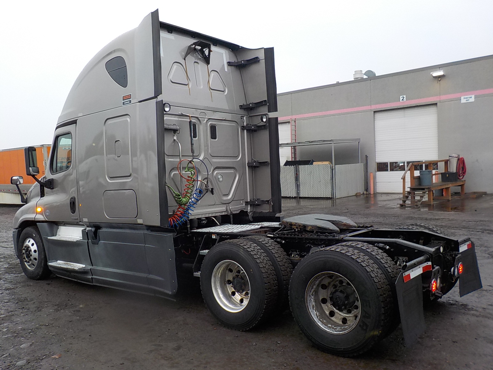 2014 Freightliner Cascadia for sale-59108911