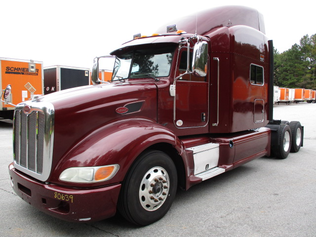 USED 2012 PETERBILT 386 SLEEPER TRUCK #135934
