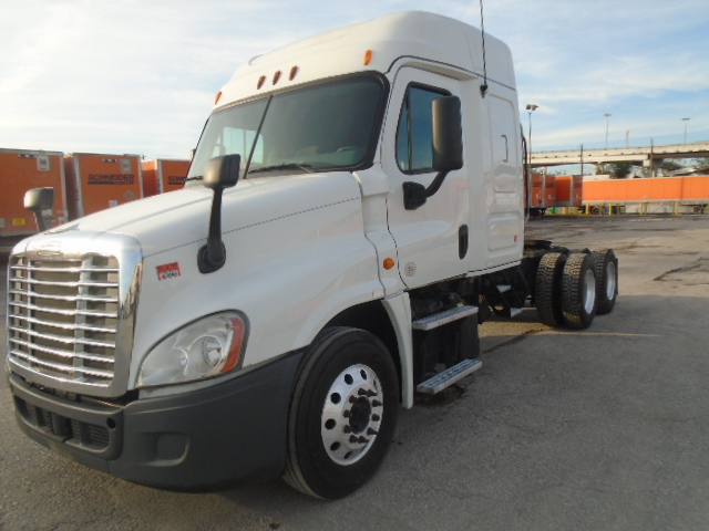 2013 Freightliner Cascadia for sale-59108763