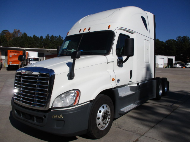 2015 Freightliner Cascadia for sale-59085384