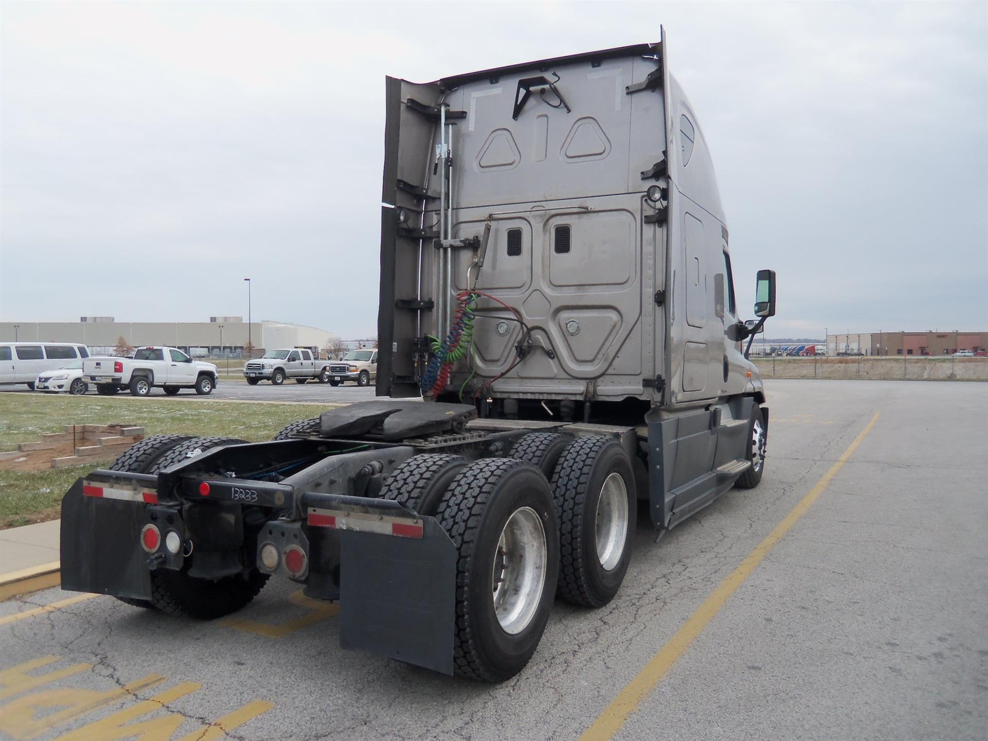 2015 Freightliner Cascadia for sale-59085409