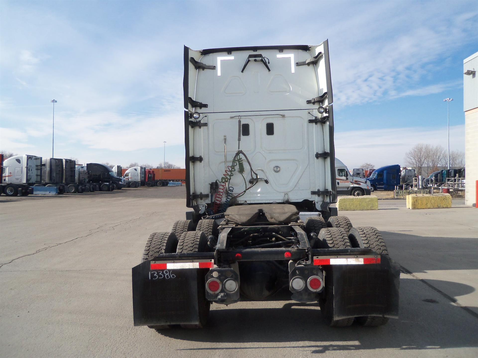 2015 Freightliner Cascadia for sale-59274529
