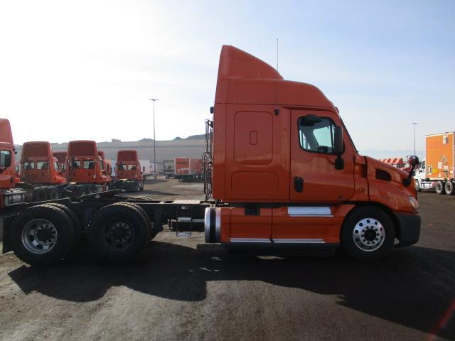 2012 Freightliner Cascadia for sale-59085355