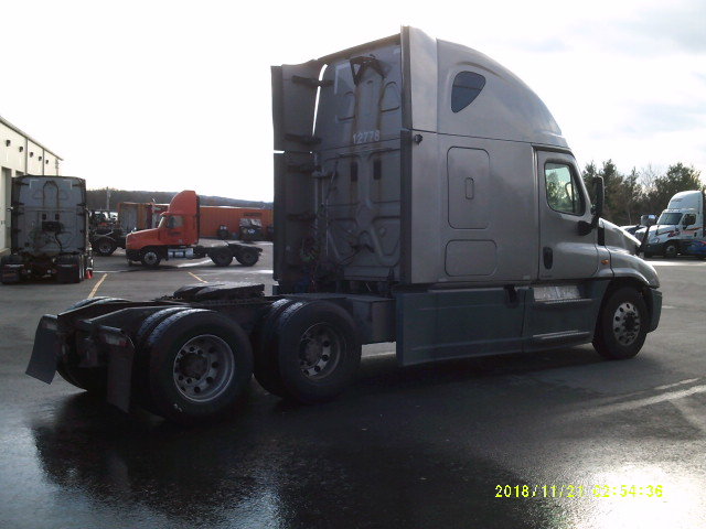 2014 Freightliner Cascadia for sale-59085434
