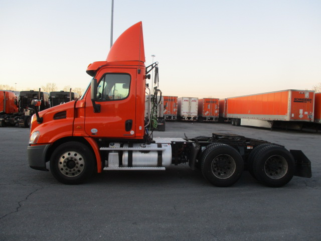 2012 Freightliner Cascadia for sale-59087784