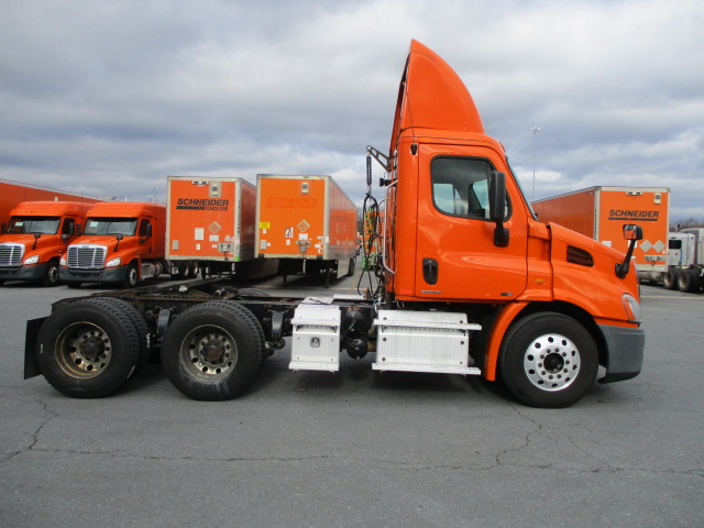 2011 Freightliner Cascadia for sale-59197174