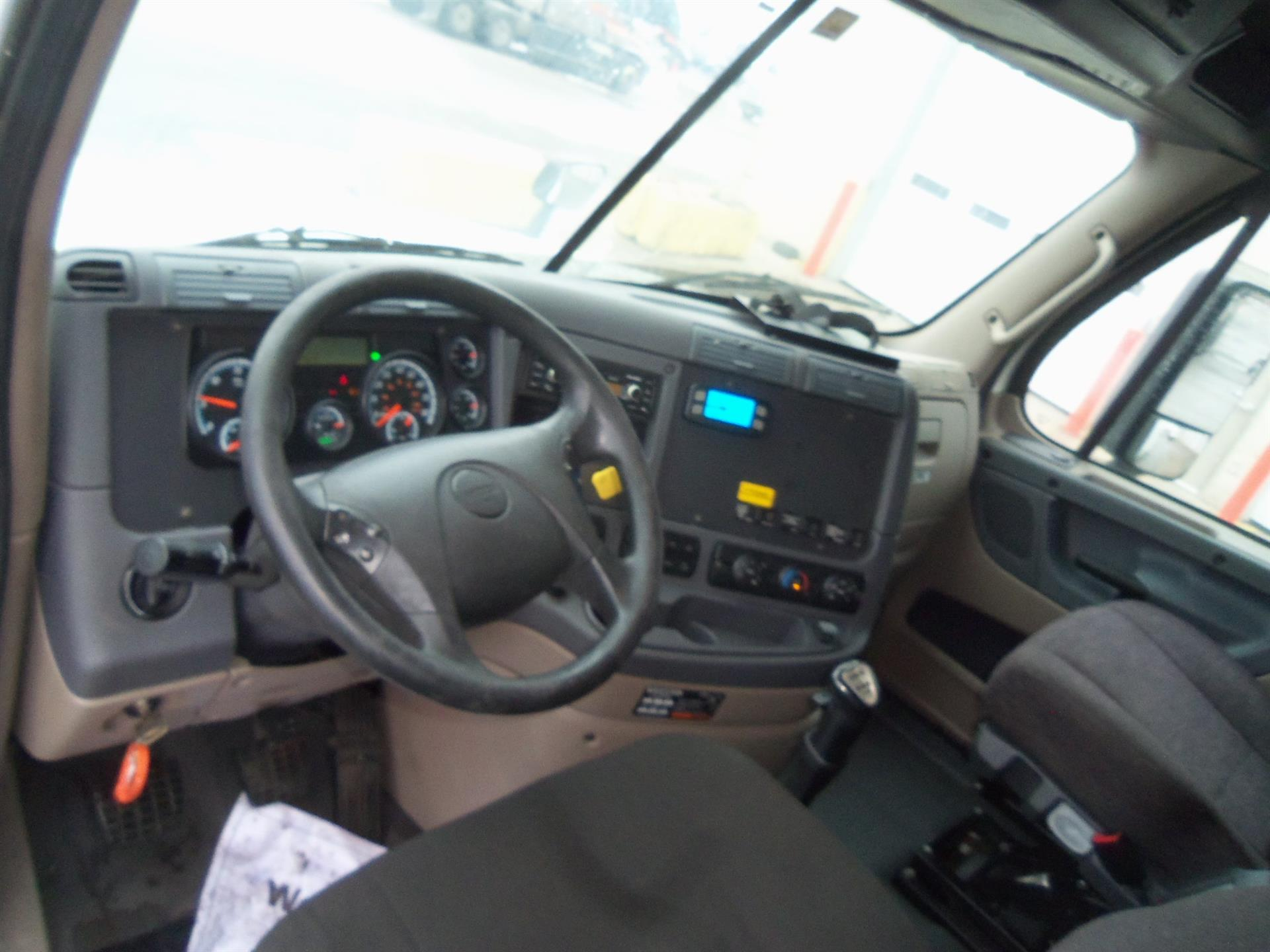2015 Freightliner Cascadia for sale-59085482