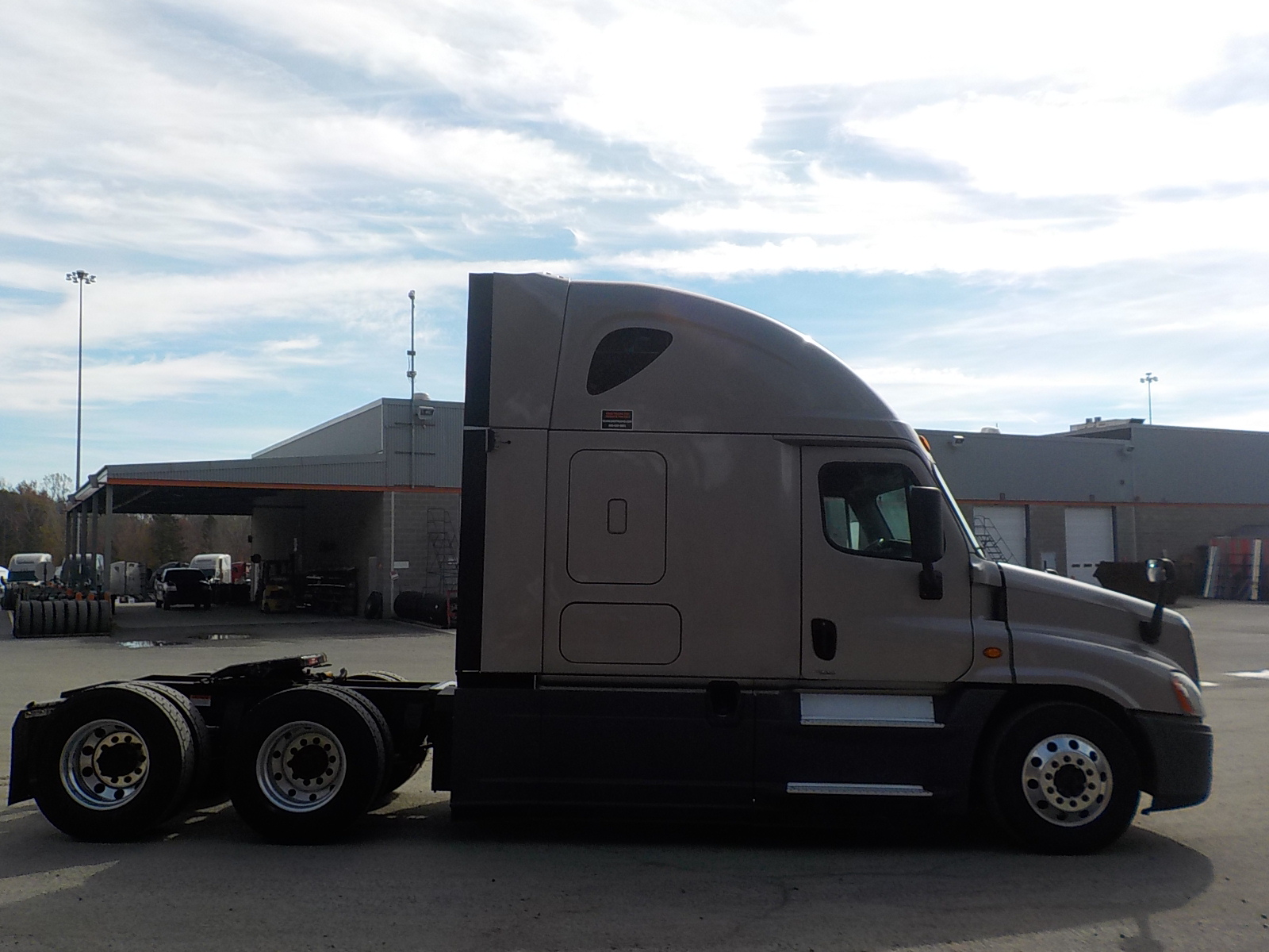 2016 Freightliner Cascadia for sale-59085483