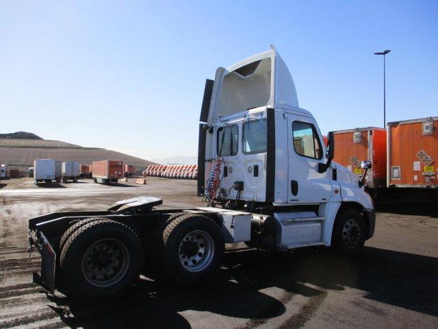 2011 Freightliner Cascadia for sale-59085490