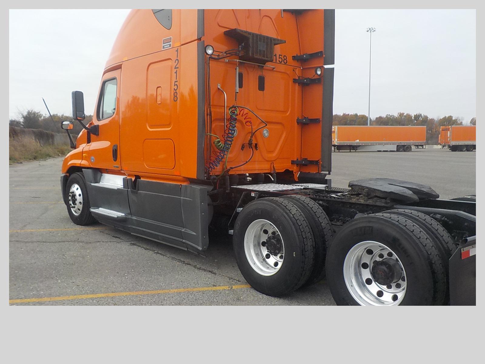 2014 Freightliner Cascadia for sale-59233618